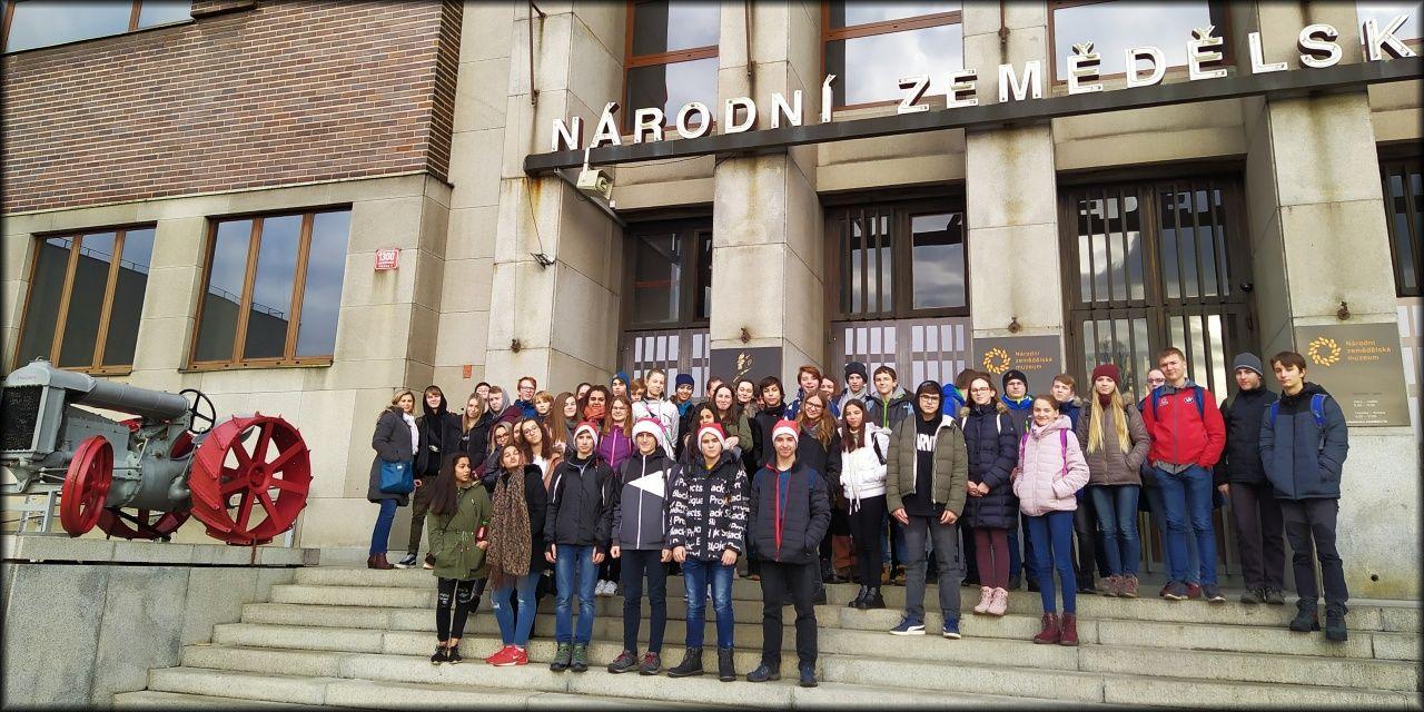 https://www.zs-smirice.cz//public/galerie/uf/2019I20/2020_01_zemmu